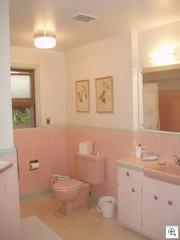 Susan's pink bathroom