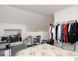 Abundant And Flexible Closet Space