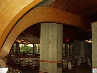 Dining room beams are elegantly curved