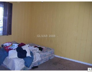 Las Vegas Homes For Sale Should Not Have Pictures Like This In The MLS Listing