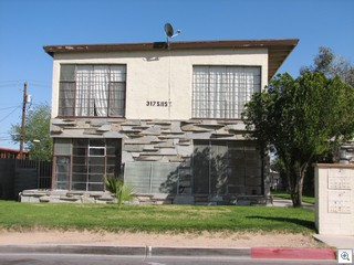 Mid Century Modern Apartment Building In Downtown Las Vegas