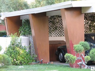 Trapezoidal Carport Columns In The Mid Century Modern Homes of Las Vegas