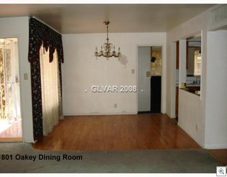 801 oakey dining room